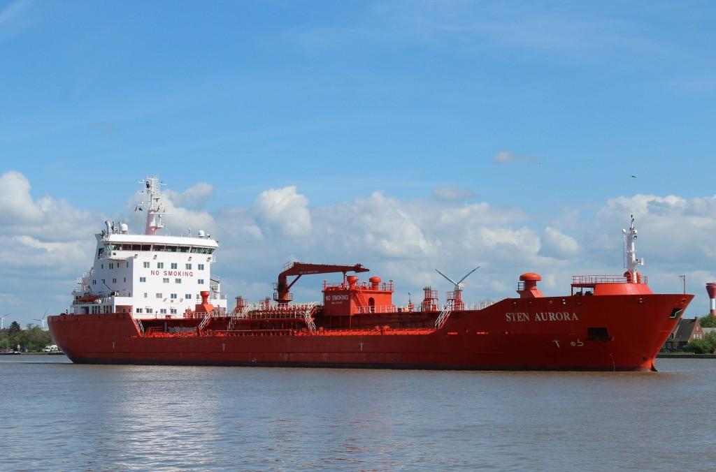 ship-400379_1920