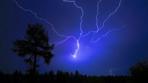 813794-free-thunderstorm-wallpaper