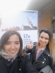 Jekaterina Kalinina (left) with Angelina Shepitko (right) at the European Commodities Exchange